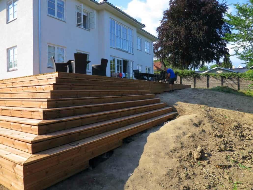 Ny terrasse bygget af tømrer- og snedkermester martin friis