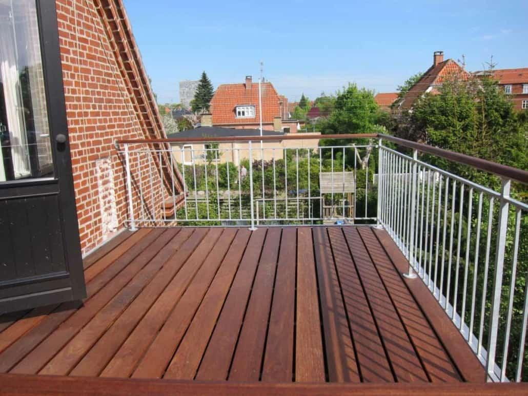 ny terrasse byget af tømrerfirma 1